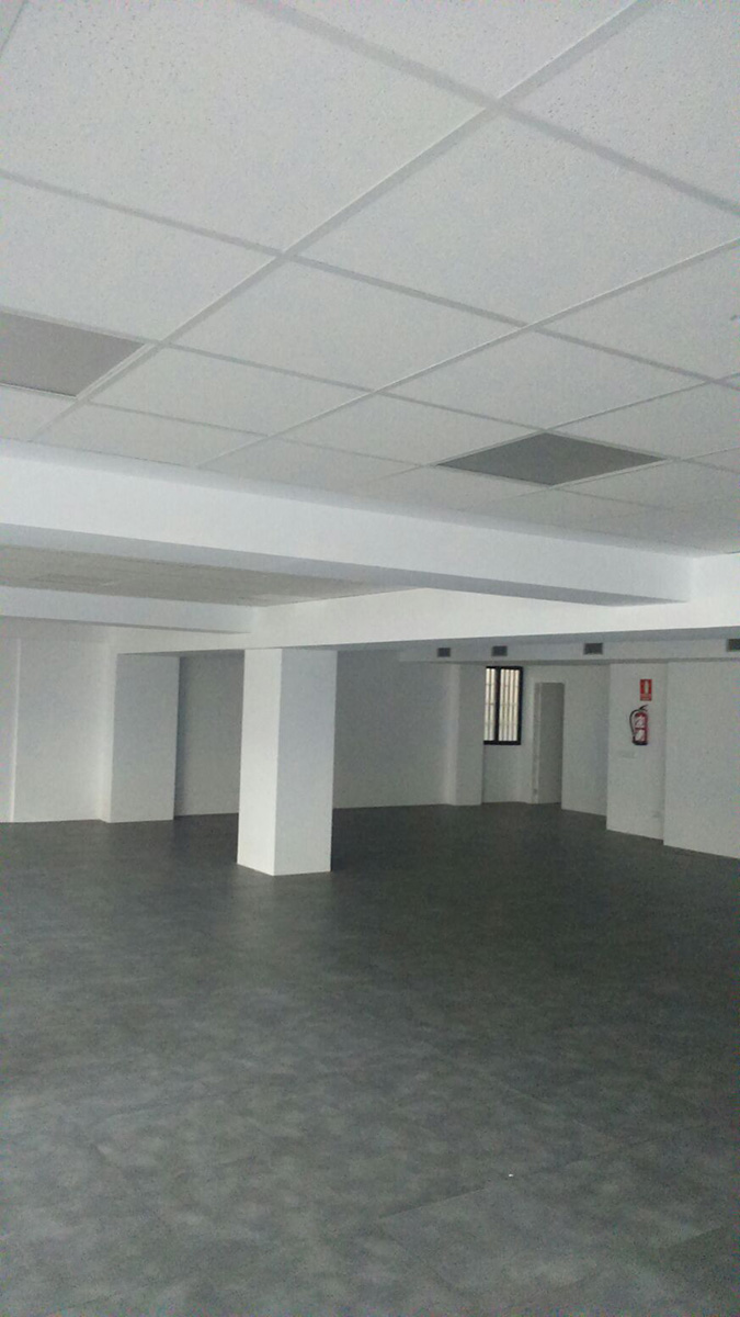Rehabilitaci n edificio de oficinas en calle general for Gimnasio moscardo